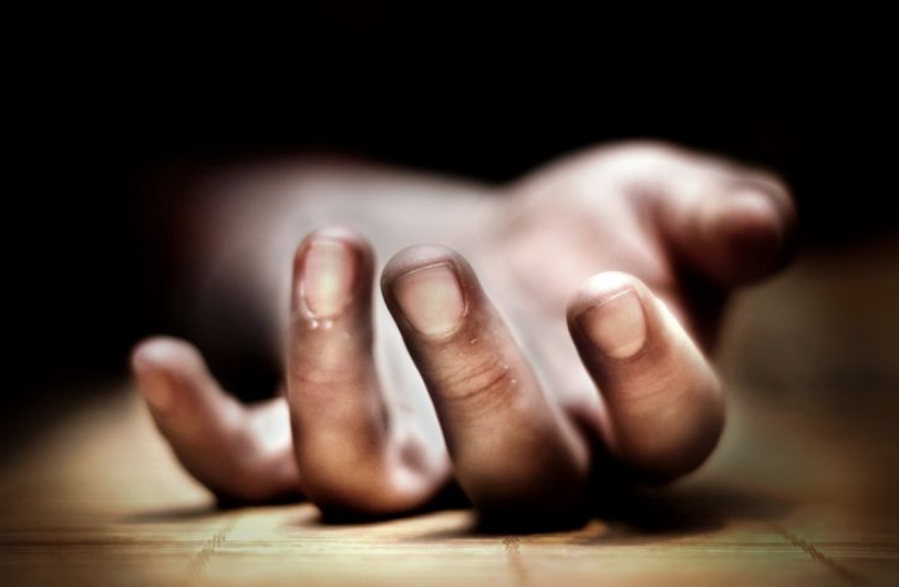 4 women committed suicide