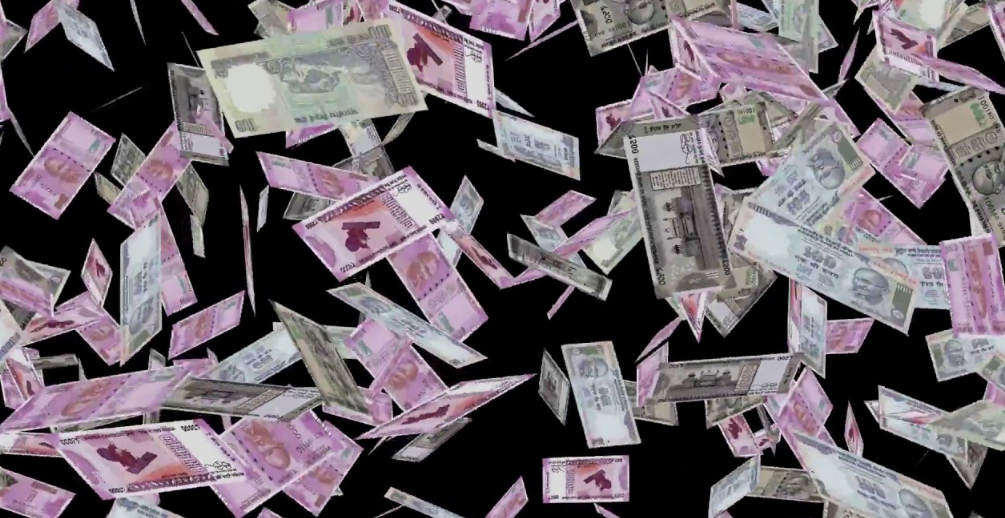 Money worth lakhs showered on folk singer