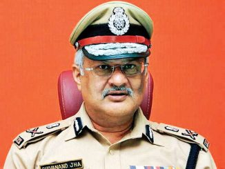 Misbehave with policemen will not be tolerated : Gujarat DGP Shivannad Jha