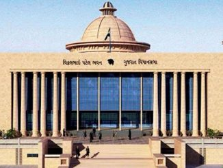 Congress creates ruckus over crop insurance issue, walks out of Gujarat assembly pak vima mudde vidhansabha ma congress no hobado congress e vidhan sabha mathi karyu walk out