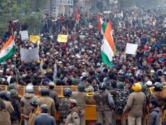 nationwide bandh protest against citizenship act delhi ma virodh pradarshan ni vache ghana vistaro ma internet, calling ane sms ni suvidha bandh