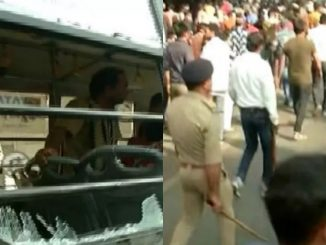 Ahmedabad police lathi-charge protestors opposing CAB in Lal Darwaja area   Tv9GujaratiNews