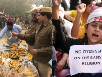 delhi-city-ncr-cab-delhi-protest-live-13a-between-mathura-road-and-kalindi-kunj-is-closed- delhi police distributing food for protesters