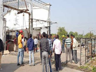 Padra Aims oxygen company blast : Company Director among 3 arrested vadodara company ma blast thavani ghatna mamle police e 3 aaropi ni kari dharpakad company na 2 malik farar