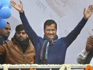 arvind kejriwal delhi cm oath ceremony ramlila maidan aam aadmi party delhi aaje arvind kejriwal temna 6 pradhano sathe CM pad na shapathgrahan karse