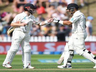 IND vs NZ 1st test match wellington ni pitch par aa indian bowler new zeland na batsmano par padyo bhare
