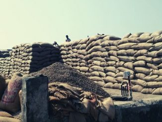 Junagadh: Farmers create ruckus at Keshod marketing yard over improper management