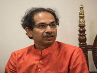 Maharashtra CM and Shiv Sena Chief Uddhav Thackeray in Ayodhya, I want to announce that not from the state govt, but from my trust, I offer an amount of Rs. 1 crore ayodhya ma CM Thackeray Rammandir nirman mate rupiya 1 crore ni jaherat