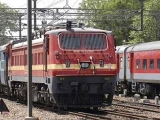 indian railways cancelled 168 trains due to coronavirus covid19 Corona virus na karan e Indian Railway e 168 train kari cancel juvo samgra list