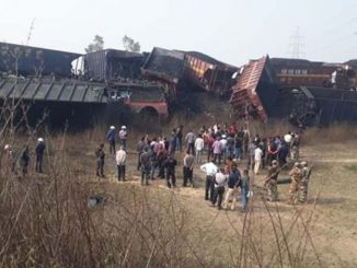 Madhya Pradesh: 3 people dead after 2 cargo trains carrying coal collided earlier today in Singrauli madhya pradesh singrauli ma moti train durghatna 2 train vache thayo accident 3 loko na mot