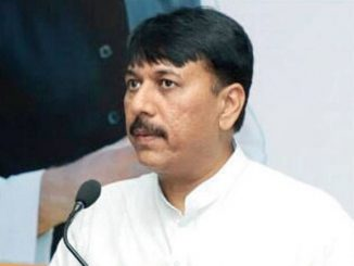 Gujarat Congress chief Amit Chavda reached Jambudi, to hold meeting with MLAs Congress pradesh pramukh amit chavda rajsthan na wild wind resort pohchya tamam MLAs sathe betahk karse