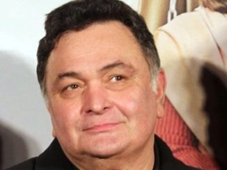 veteran actor rishi kapoor hospitalised at hn reliance foundation hospital in mumbai Bollywood na abhineta Rishi Kapoor ni tabiyat bagdi mumbai ni hospital ma dakhal