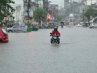 Parts of Saurashtra received heavy rain showers rajyana mota bhagana jillaoma meghrajani maher saurashtrama varsyo jordar varsad