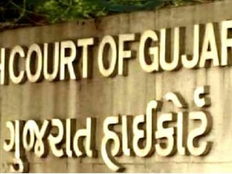 Impose Rs.1000 fine for not wearing masks : Gujarat HC Corona ne lai Gujarat HighCourt ni kadak takor masks na pehrnara loko ne rupiya 1000 no dand karvo joie