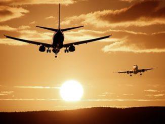 indian civil aviation negotiations are at an advanced stage with 3 countries Diwali sudhi 60 taka udano sambhav air bubble mate 3 desh sathe chali rahi che vatchit: Hardip Puri