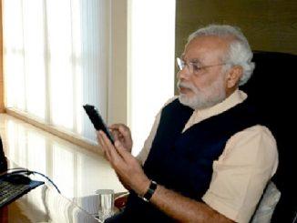 pm narendra modi call cm bihar assam andhra pradesh telangana tamil nadu uttarakhand himachal pradesh PM Modi e 7 rajya na CM ne karyo phone corona ane poor ni sthiti ni kari samiksha