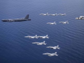 b-52-bomber-joined-dual-carrier-exercise-in-the-south-china-sea-air-force-says 11 parmanu hathiyar dharavata viman nu ghabhrayu china jano shu khyu