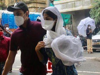Sushant death case ED office ma rhea chakraborty sathe puchparach chalu maneger sathe pan saval javab