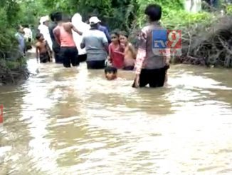 Some villages in Patan district were submerged in water, villages living along the river in the border area remembered the floods of 2017.