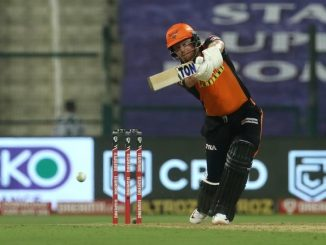 T-20 League SRH e pratham inings ma 4 wicket 162 run karya beyristo ni half century