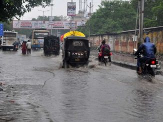 Heavy rain in Junagadh and Maliya Hatina farmers worried