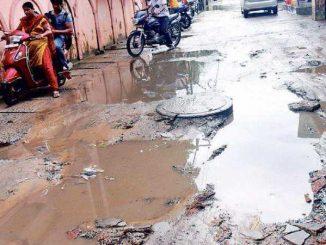 Bumpy ride on bad roads irks motorists Sabarkantha