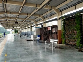Bharuch: Railway station uper beautyfication sathe pradushan control mate vartical garden taiyar karayu