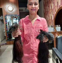 Mission of Gujarat girls for cancer victims Mundan, 10 year old daughter from Surat cut 30 inch long hair