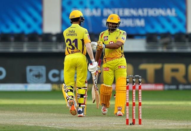 T20 league Ruturaj gayakwad ni dhamakedar batting RCB same CSK ni 8 wicket thi jit