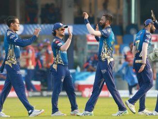 T-20 League Mumbai e SRH ne 34 run thi haravyu warner ni fifty nisfal