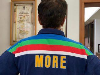 Kiron more e 1992 na worldcup ni potani jersy fari pehri tasviro share karta prashanshko ne yado taji thai gai